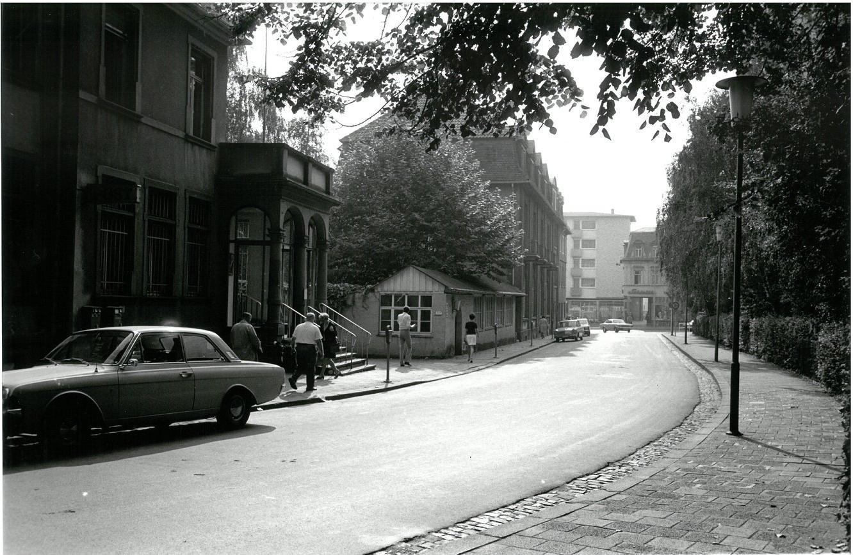 Kronberger Strasse 2